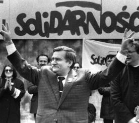 Polonia,1989,Sindicatul muncitorilor ''Solidarnosc'' (Solidaritate) înființat la Gdansk