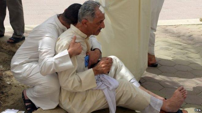 Victime ale atacului cu bombă din orașul Kuweit. credits: BBC